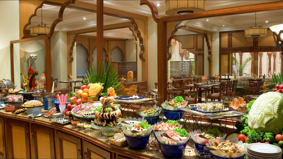 Beach Luxury Hotel Karachi Buffet